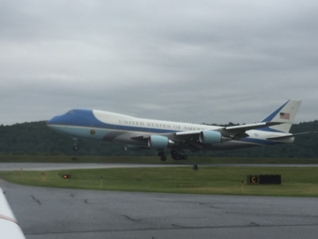 Air Force one landing at KMDT